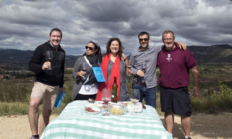 Almuerzo en viñedos. . Incentivos en País Vasco y Rioja